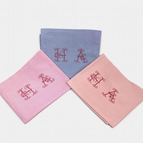 Trois Serviettes brodées main d'antan monogramme HA - Villa Farese